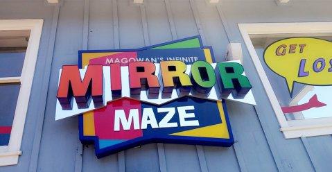 Magowan's Inifinite Mirror Maze